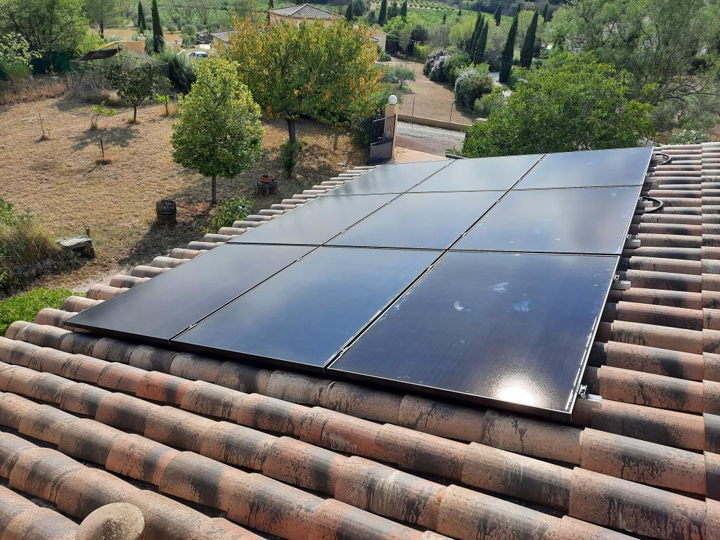 Installation solaire hybride 3,38 kWc (chauffe-eau solaire & photovoltaïque)
