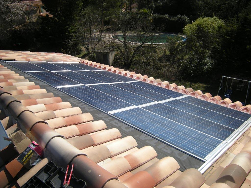 Solaire photovoltaïque 2080 Wc SOLRIF à Belcodène 13 Bouches du Rhône