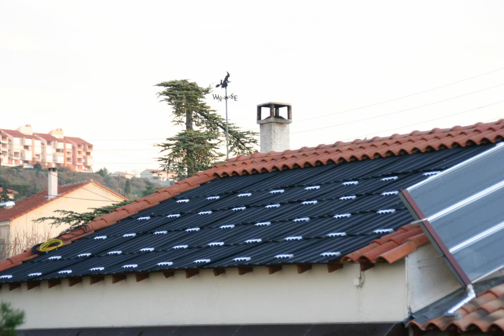 Installation de panneaux solaire photovoltaïque SHARP avec onduleur SMA -Bouches du Rhône (13)