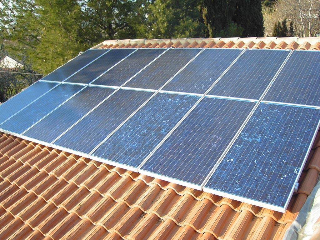 installateur solaire panneaux photovolta que autoconsommation bp solar avec onduleur fronius. Black Bedroom Furniture Sets. Home Design Ideas