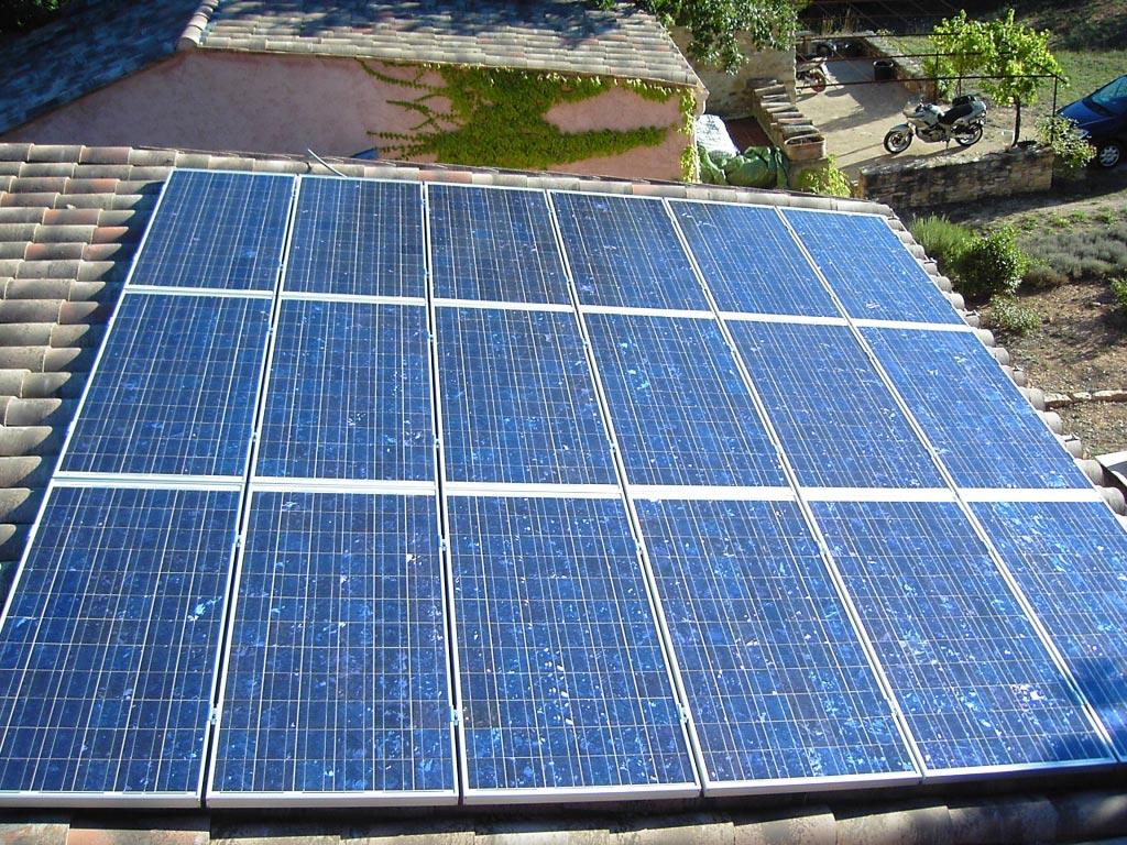 solaire photovoltaïque 2880 Wc à Céreste 04 Alpes de Haute Provence-Alpes de Haute Provence (04)