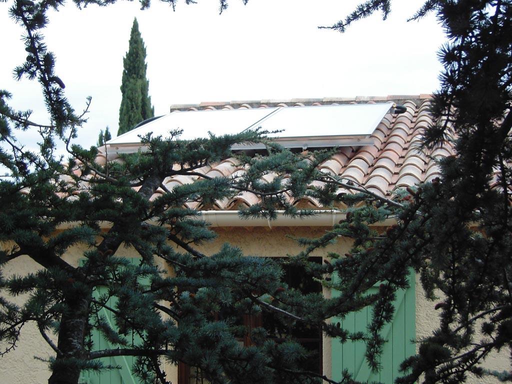 Installation d'un chauffe-eau solaire individuel SONNENKRAFT circulation forçée-Bouches du Rhône (13)