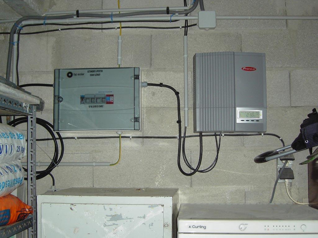 Installation panneaux photovoltaïque autoconsommation BP SOLAR onduleur FRONIUS-Bouches du Rhône (13)