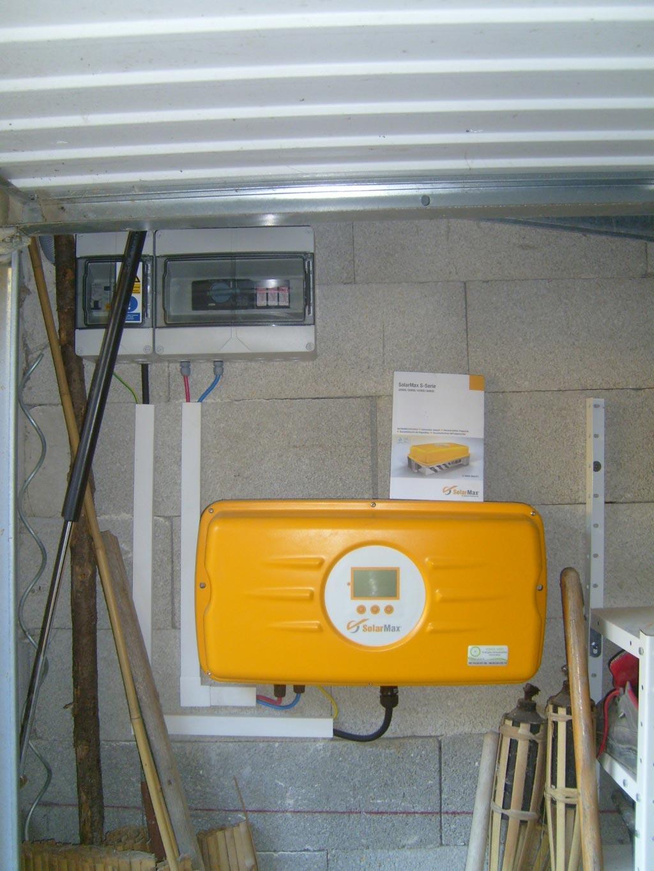 Installation panneaux solaires photovoltaïques intégration au bâti SOLAR FABRIK onduleur SOLARMAX-Bouches du Rhône (13)