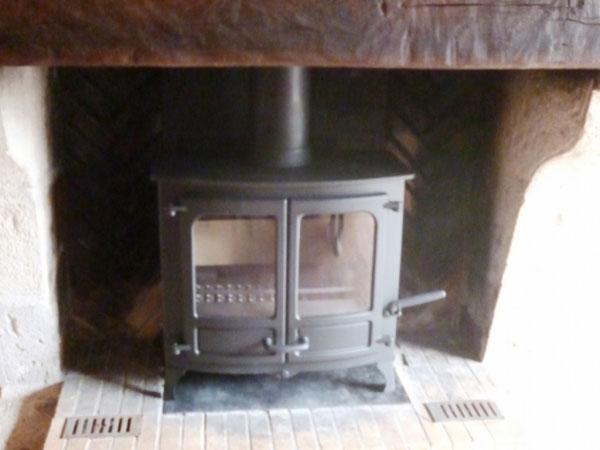 art chauffage po le bois charnwood mareau aux pr s 45 loiret mareau aux pres 45. Black Bedroom Furniture Sets. Home Design Ideas