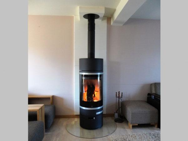 art chauffage 45 po le bois scan neuville aux bois 45 loiret neuville aux bois 45. Black Bedroom Furniture Sets. Home Design Ideas